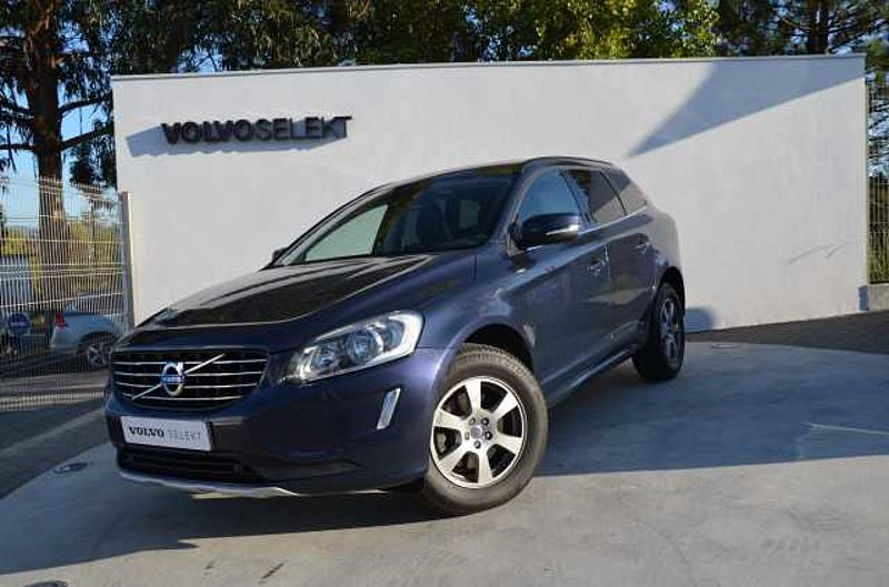 Volvo XC60 D4 181cv FWD Momentum Geartronic 8v