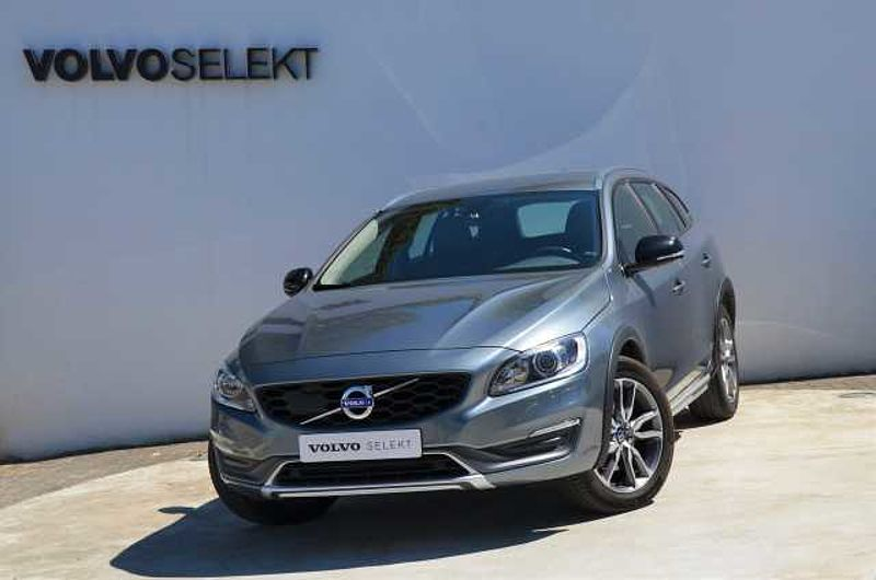 Volvo V60 CC Cross Country D3 150cv Summum Geatronic 8v