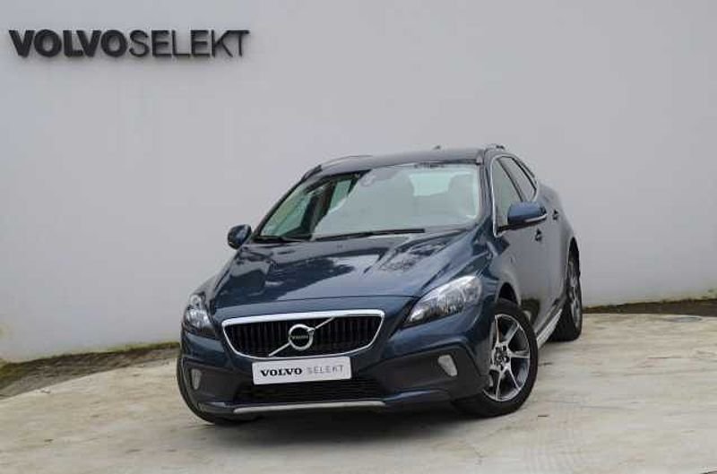 Volvo V40 CC Cross Country D2 120cv VOR Man 6 Vel.
